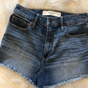 Abercrombie & Fitch high rise Jean shorts